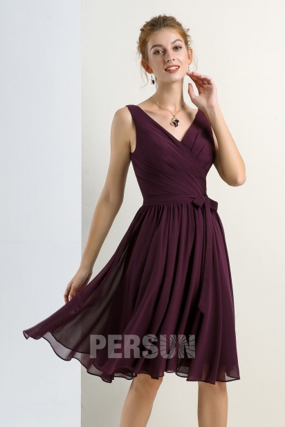 Robe de cocktail courte mousseline prune décolleté en V