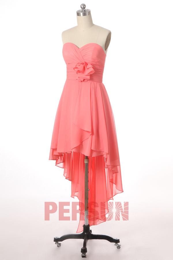 Chic robe de bal corail courte à bustier orné de fleur