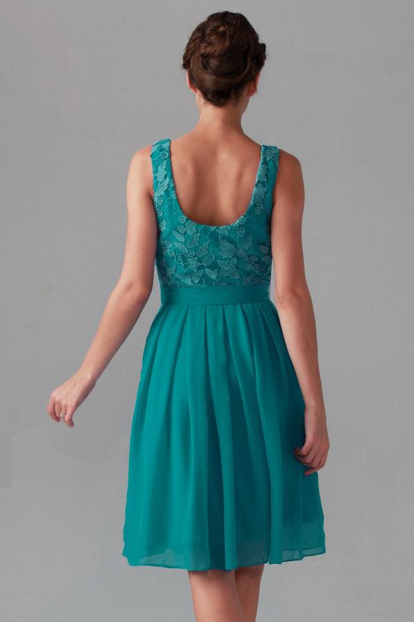 chic robe vert émeraude haut en dentelle guipure dos échancré en U