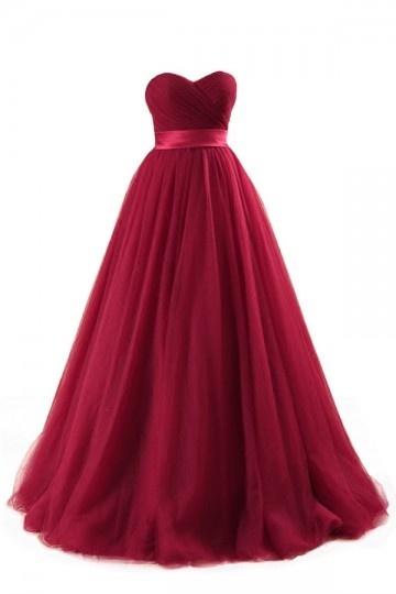 robe de mariée bordeaux bustier coeur princesse en tulle