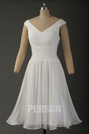 Robe de cocktail blanche simple col en V plissé avec voilage