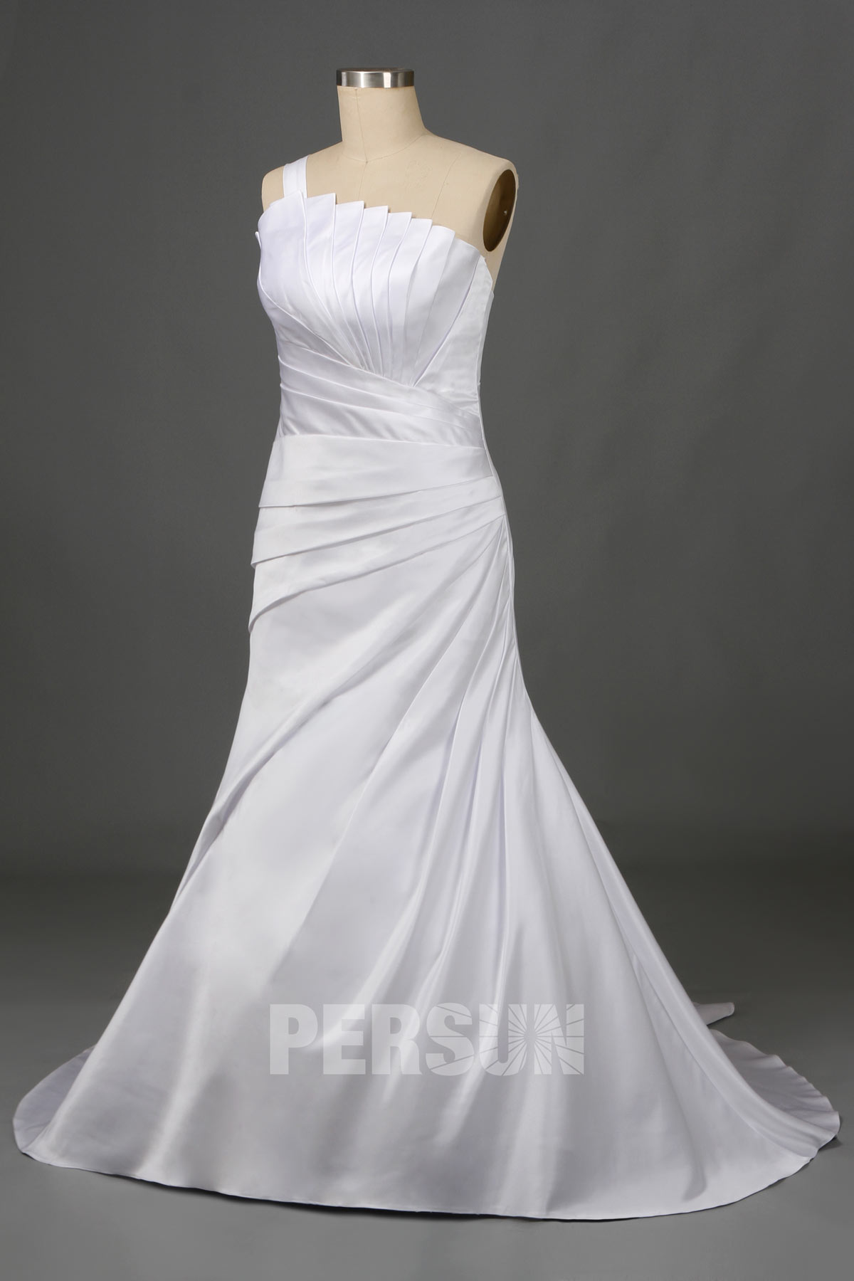 robe de mariée asymétrique à coupe trompette plissé