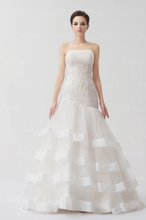 Robe pour mariée sirène dentelle blanche bijoux