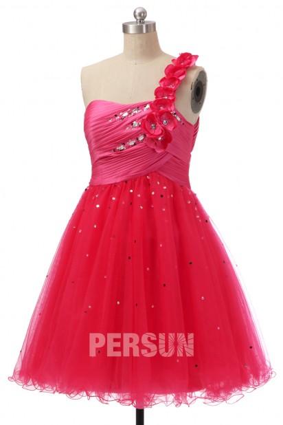 Robe de bal / cocktail courte en tulle à coupe princesse asymétrique