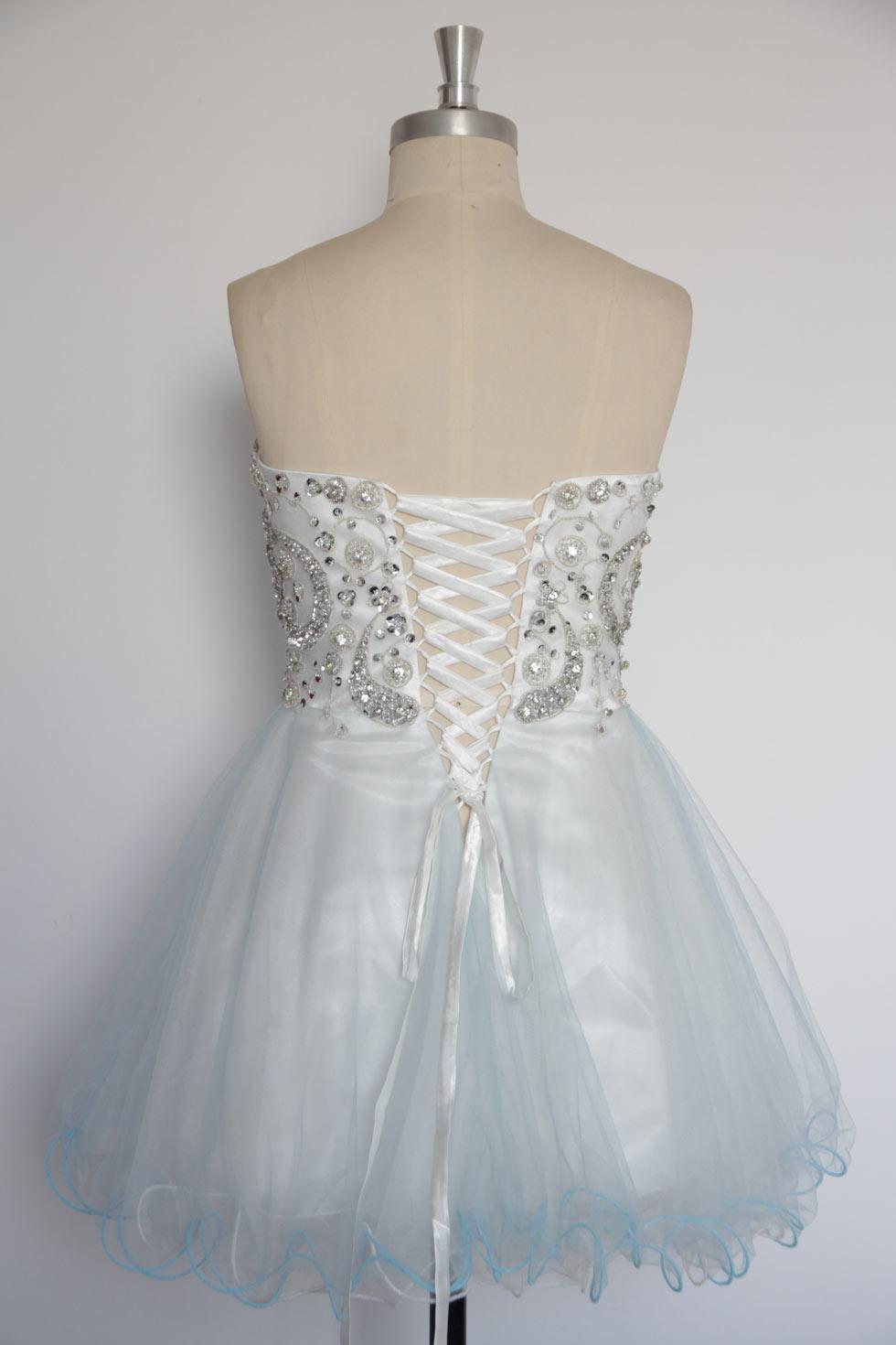 robe pour soirée laçage au dos