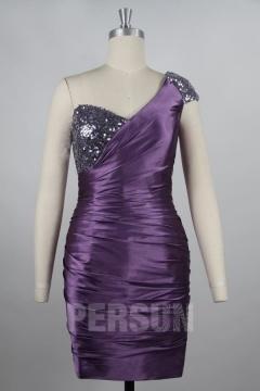 Robe habillée courte asymétrique moulante & ornée de paillettes