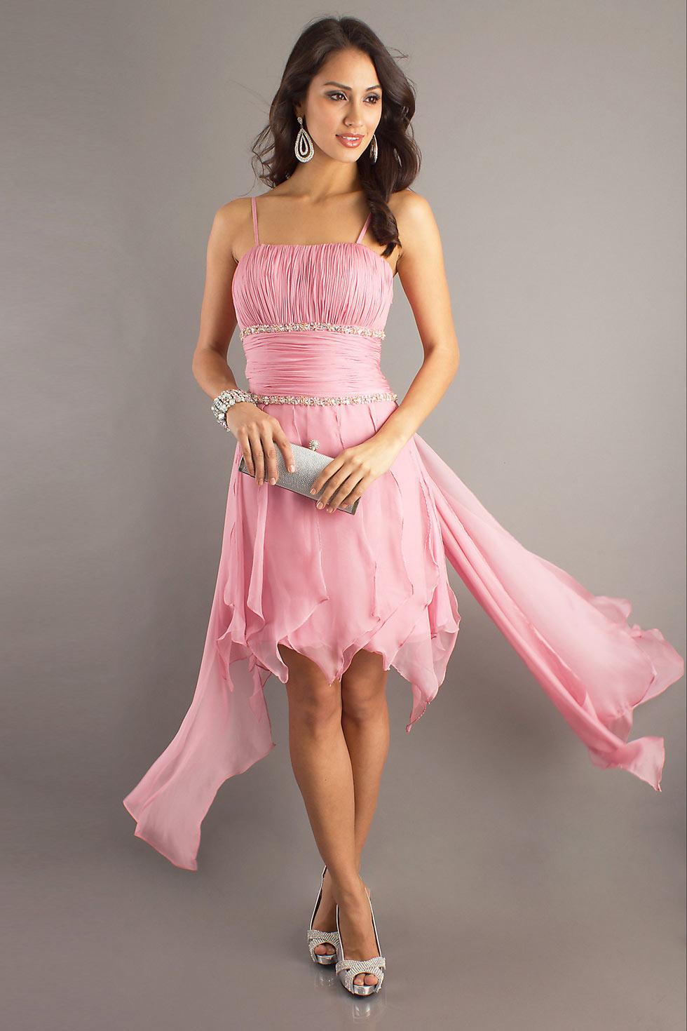 robe rose pale pour mariage avec bretelle fine
