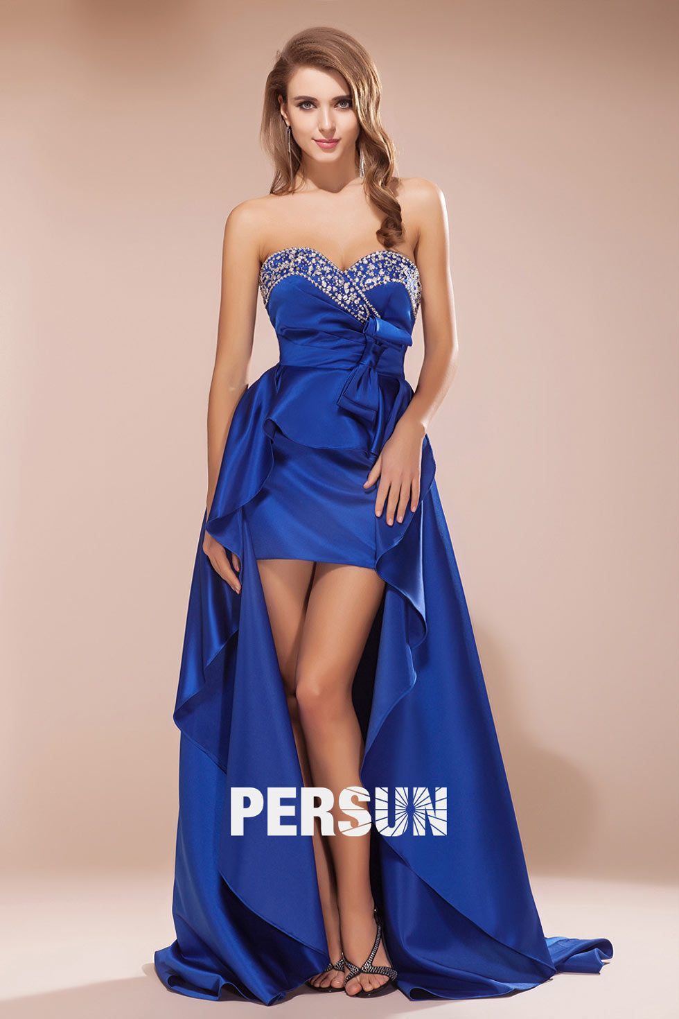 robe en satin bleu royal haut bas