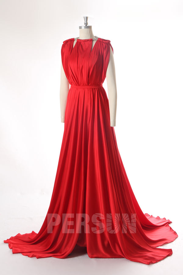 Robe de mariée rouge en mousseline satinée