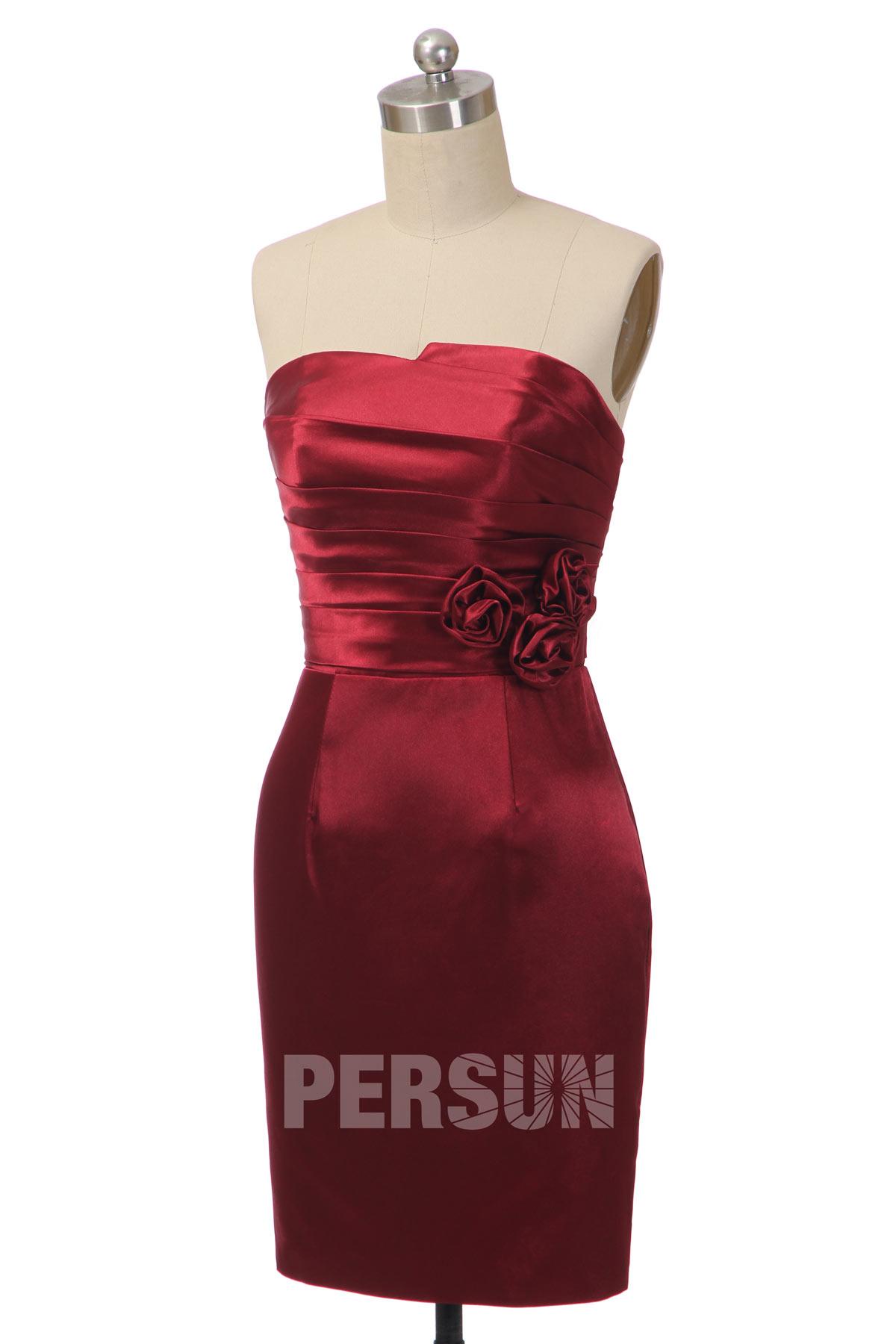 robe de cocktail bordeaux fourreau bustier plissé embelli de fleur fait-main