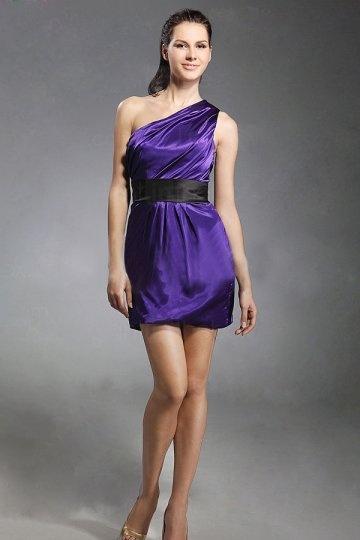 Robe violette courte cocktail asymétrique ruchée