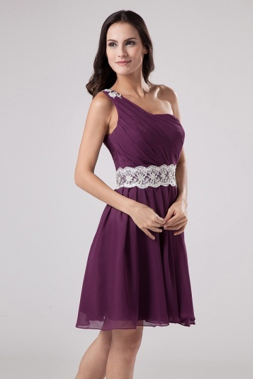 Robe de cocktail prune ruché asymétrique