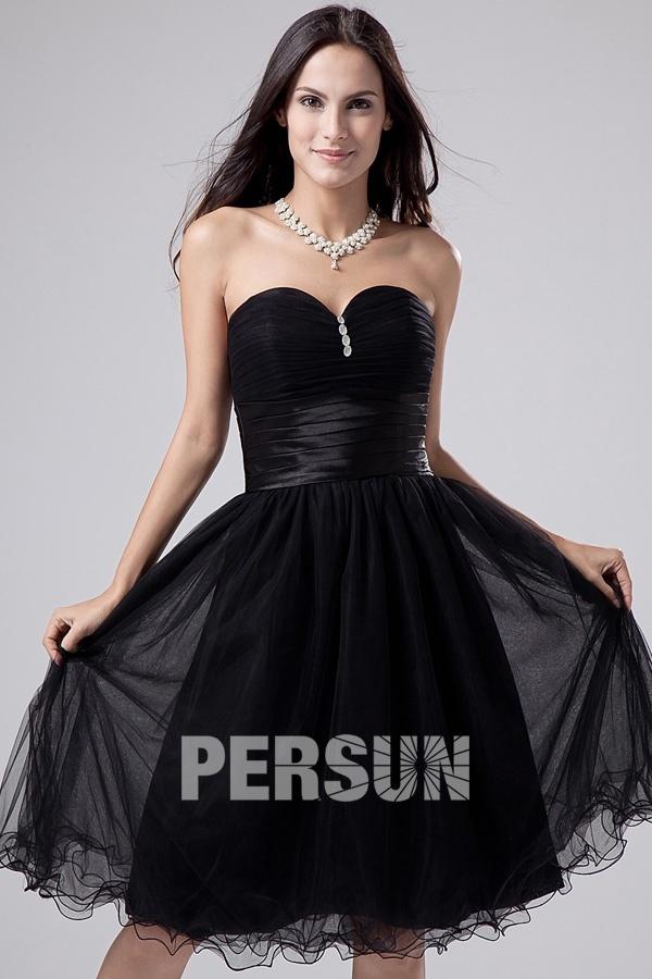 robe de cocktail courte noire bustier drapé embelli de bijoux