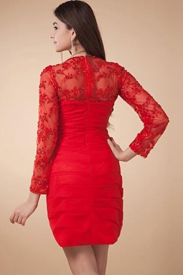 robe rouge manche dentelle