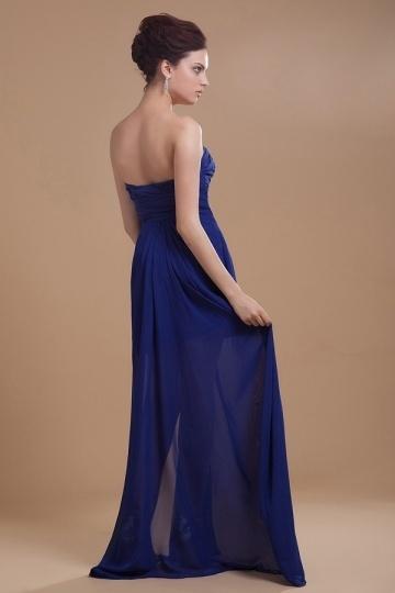 eeace5d1885 Robe de cocktail bleu foncé ornée de paillettes et fleurs – Persun.fr