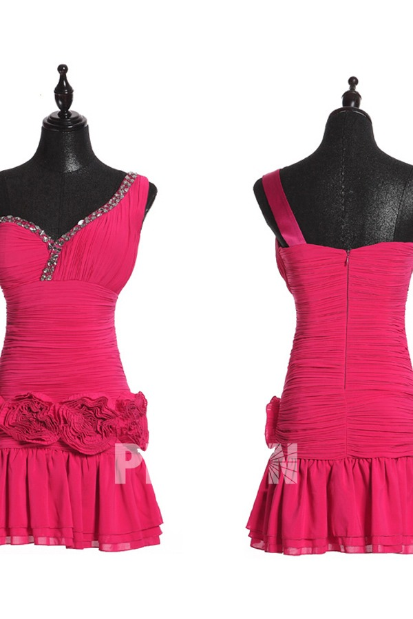 Petite robe à coupe asymérique ornée de fleurs & paillettes
