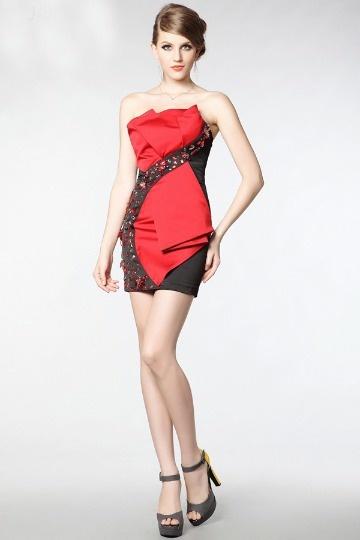 ef5c84cd985e3 Robe de cocktail courte contraste noire rouge prnée de strass ...