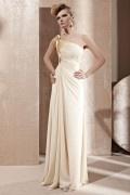 Robe de soirée longue classe beige col asymétrique à bustier délicatement drapé