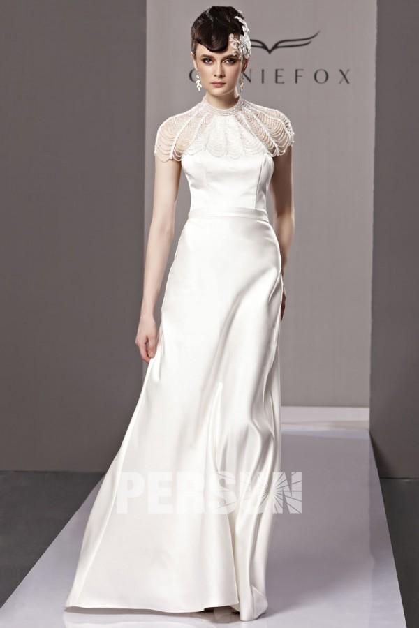 Fox robe de soirée col haut dos ouvert tout blanc en satin