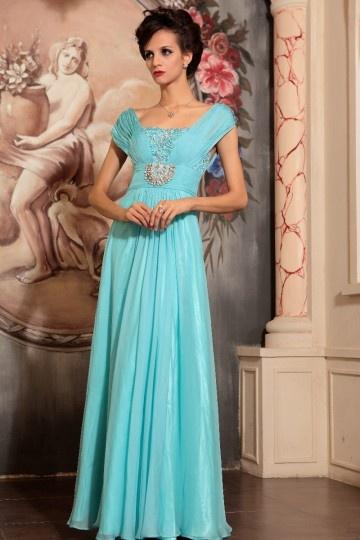 Robe longue de soirée bleue ornée de bijoux empire