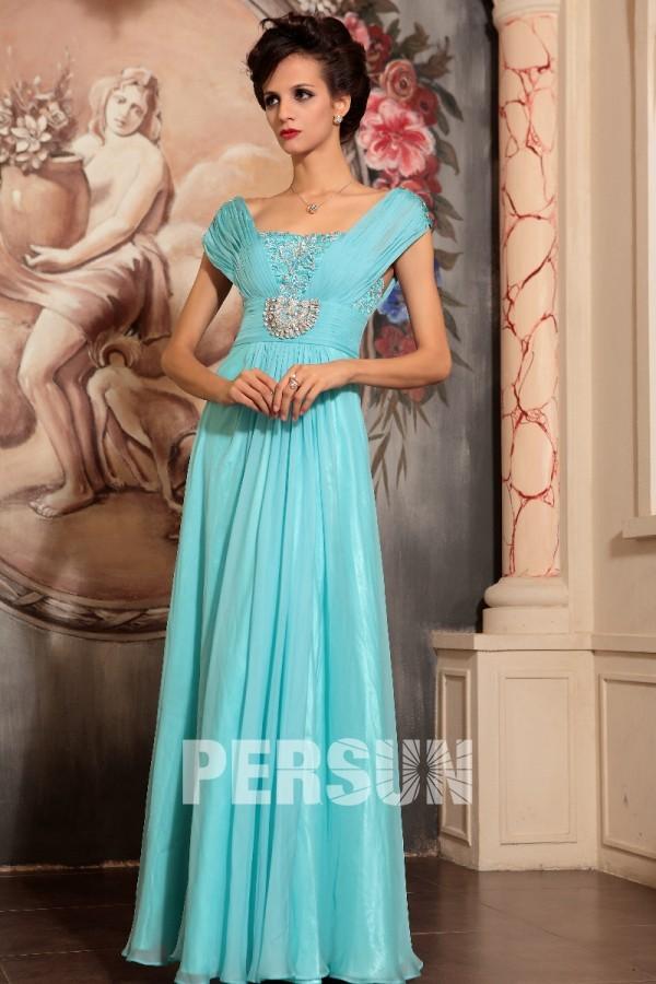 Robe longue de soirée bleu ornée de bijoux empire