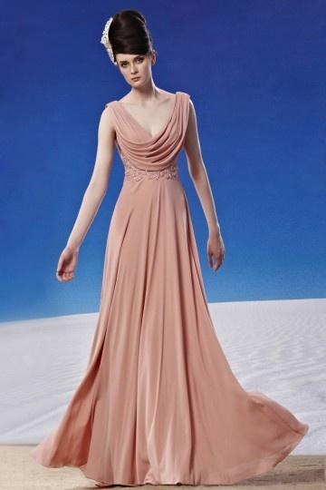Robe rose empire dos ouvert col drapé au ras du sol