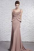Robe rose sirène ornée de bijoux en mousseline boléro faux