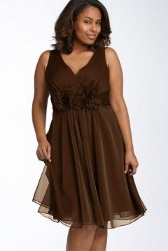 Robe sobre courte pour mariage grande taille en tencel