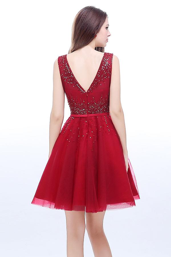 Robe rouge habillée courte encolure ronde dos décolleté en V