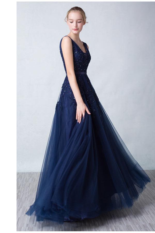 Robe soirée princesse bleu nuit dos décolleté en V appliquée de dentelle guipure