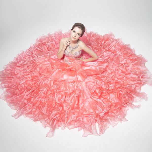 Robe de bal princesse bustier cœur avec application de strass à volants effet de fantaisie