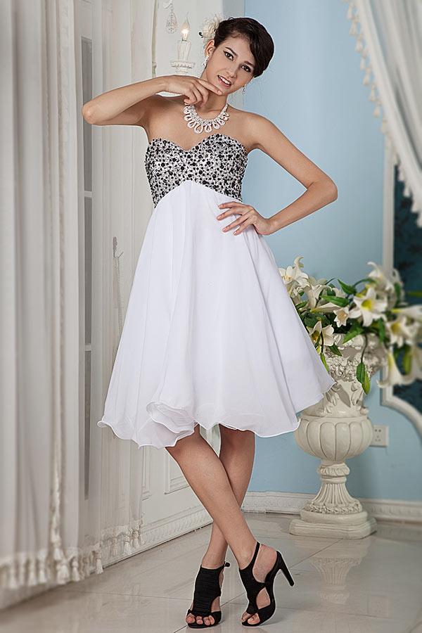 robe soirée courte empire blanche bustier coeur orné de strass
