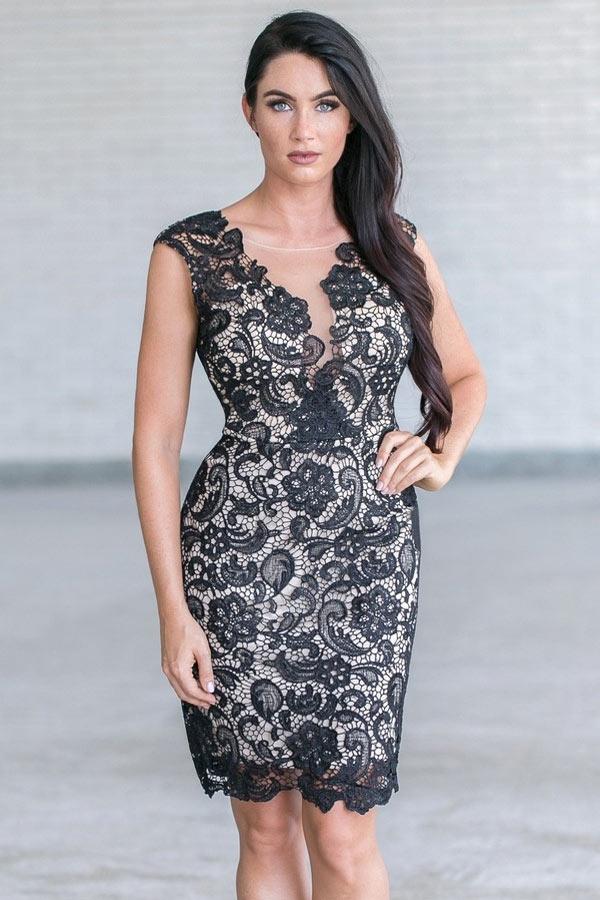robe cocktail dentelle noire fourreau pour femme ronde