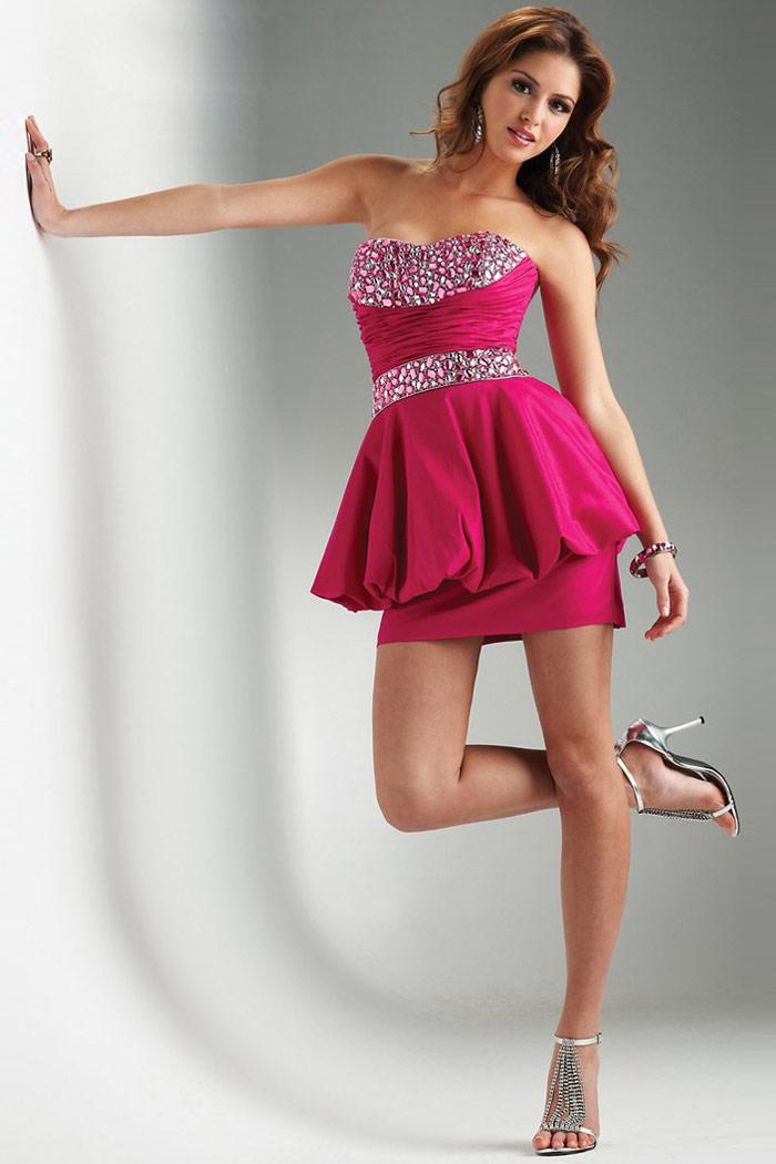 robe rose fuchsia courte ornée de strass