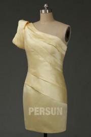 Etui Linie Ein Schulter Rüsche Abendkleider aus Satin