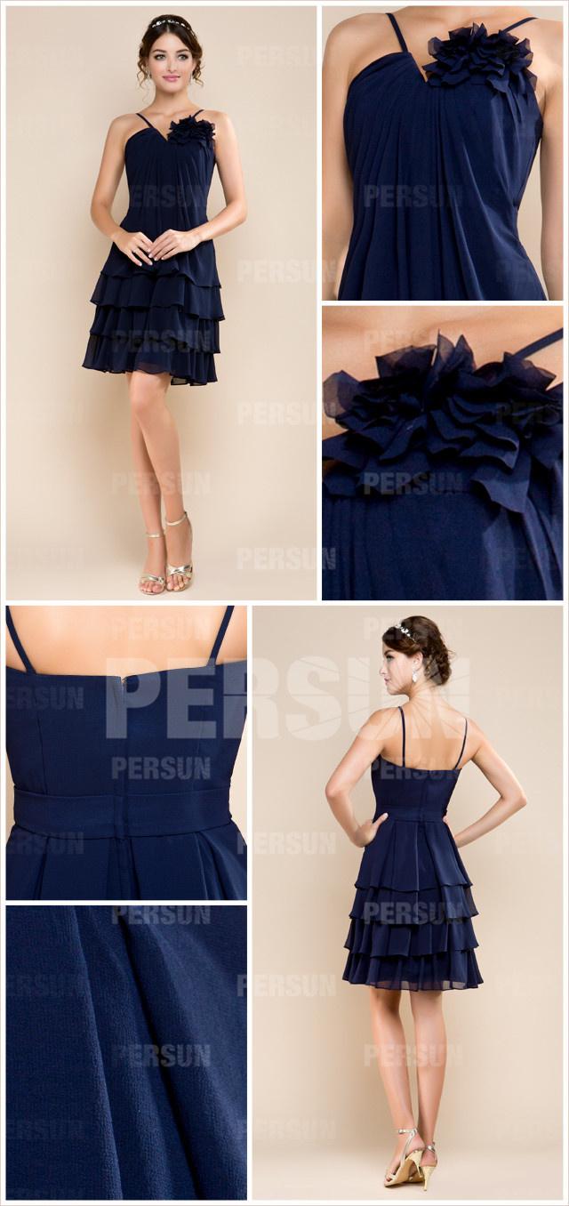 robe courte bleu marine jupe à volants