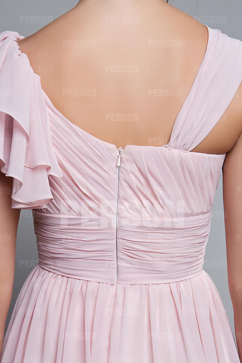 Robe bal plissée courte col asymétrique en mousseline
