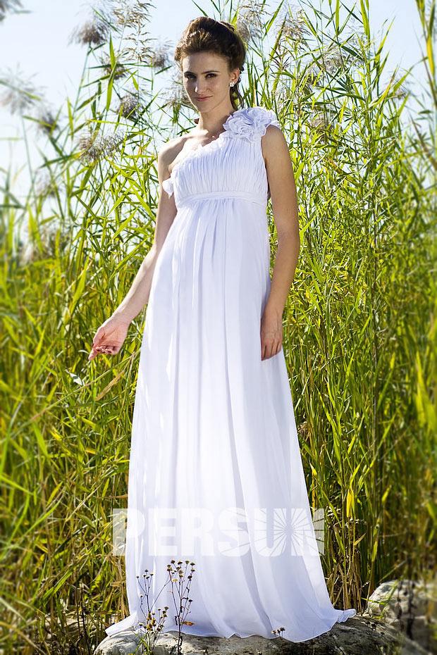 Robe de mariée empire enceinte simple asymétrique épaule fleurie