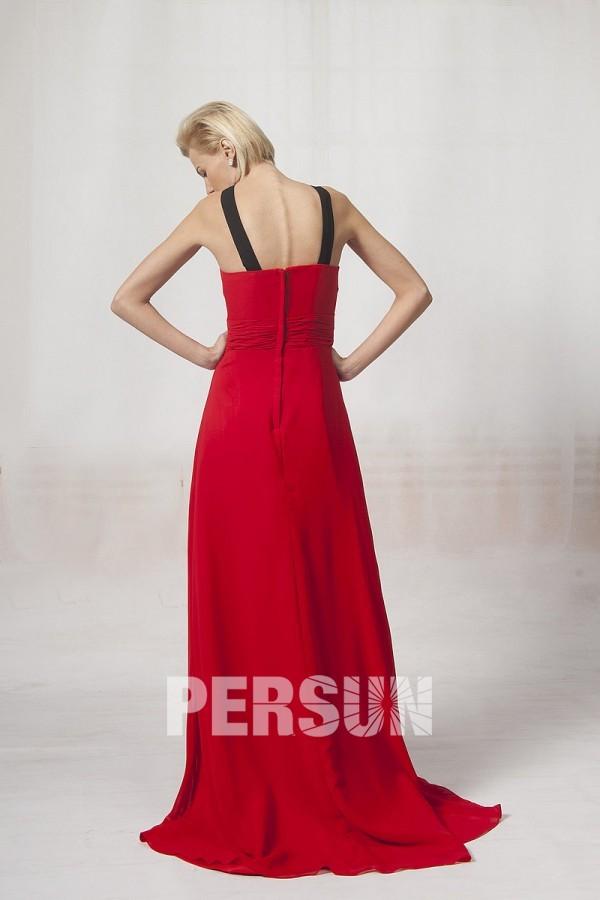 Robe rouge longue plissée col halter en mousseline
