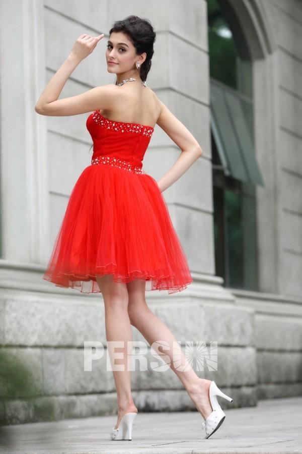 Petite robe rouge bustier cœur plissée avec strass