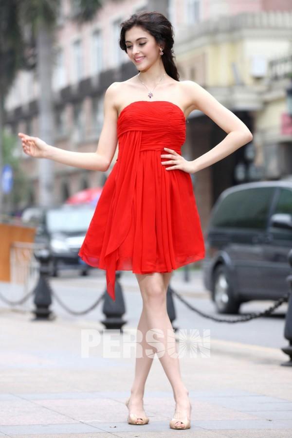 petite robe rouge mode avec plis remise