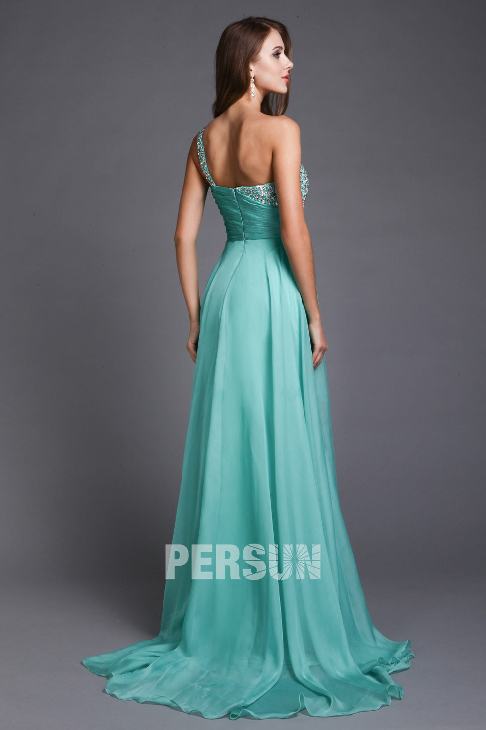 Tenue cocktail longue pmenthemariage empire en mousselineRobe asymétrique verte à paillette en tencel ornée de strass