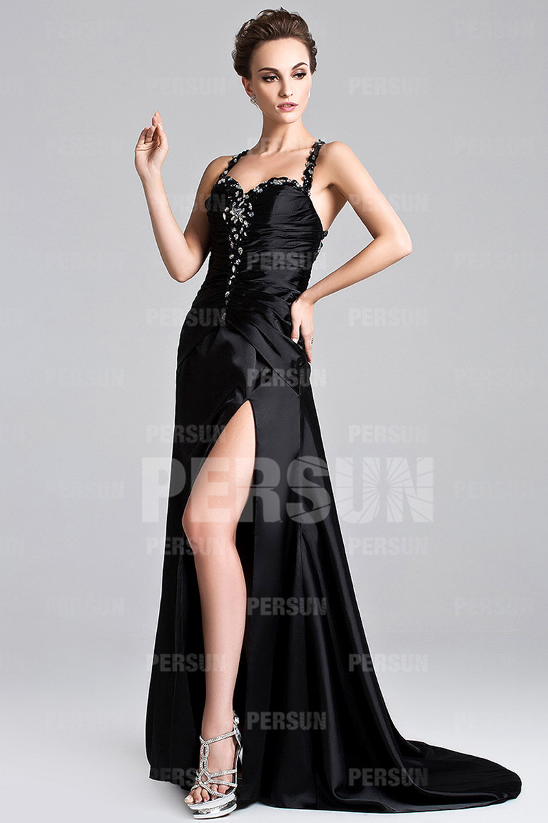 Robe bal noire sexy avec bretelles fines et ouverture latérale