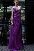 Robe de bal moulante à seule épaule en Mousseline violette ornée de strass