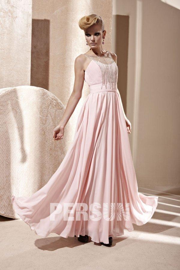 Robe de bal décolletée en coeur en Mousseline rose ornée de bijoux pour silhouette A
