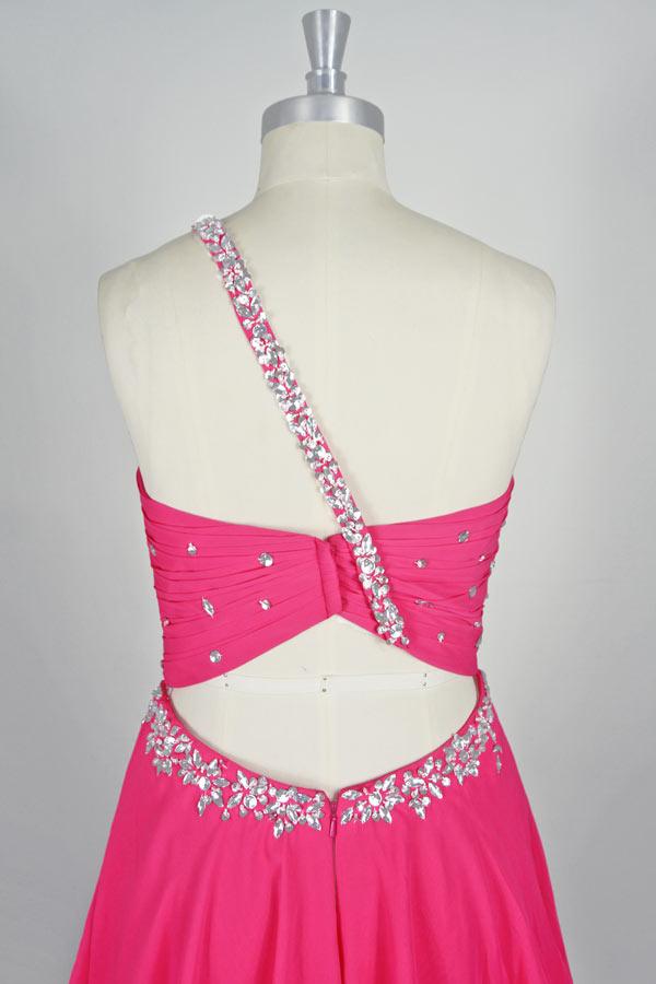 Petite robe rose fuchsia encolure asymétrique dos découpé