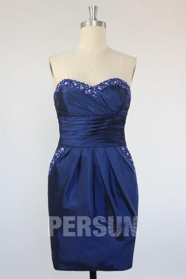 Robe de cocktail courte bustier coeur en taffetas bleu roi avec pochettes
