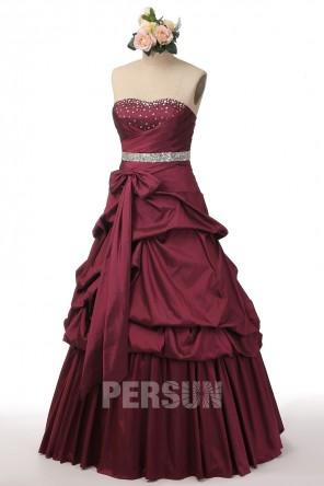 Robe de soirée princesse bourgogne à jupe bouillonnée en taffetas