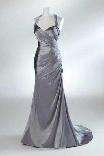 Robe de soirée grise argentée coupe trompette drapé en satin élastique