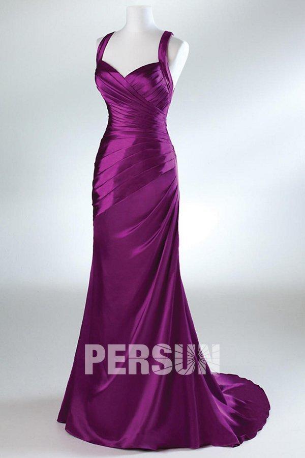 robe de soirée sirène fuchsia en satin dos découpe à traîne chapel
